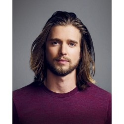 Photo Drew Van Acker