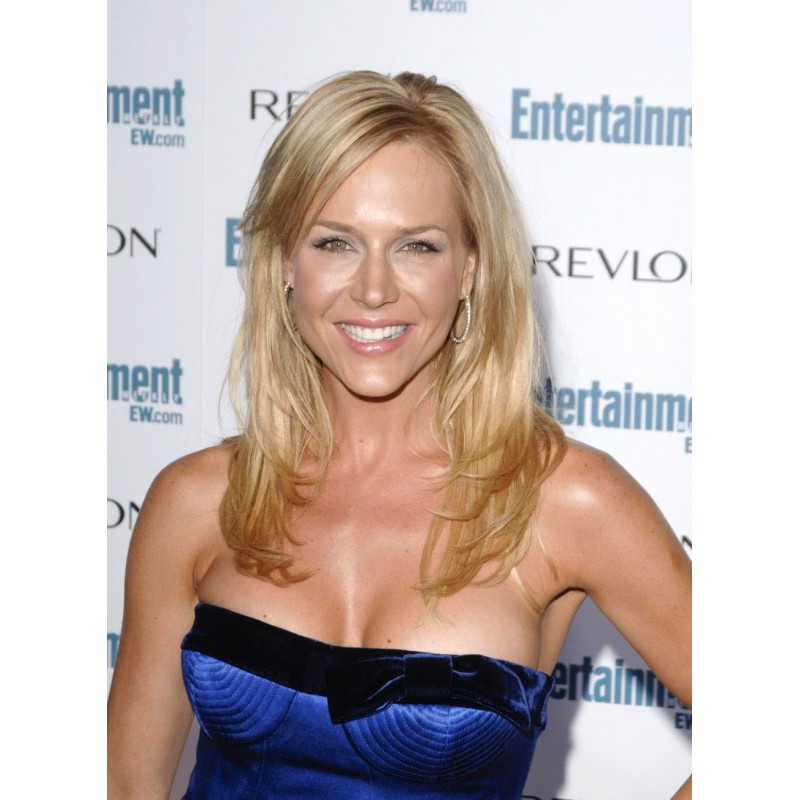 Photo Julie Benz